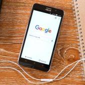 Googleがモバイル ファースト インデックスの実験を開始。モバイル版のコンテンツを検索結果のランキングに使用する。