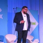 音声検索とバーチャルアシスタントのためのコンテンツ最適化:SMX West 2018レポート