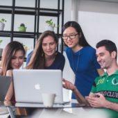 Web会議ツールのおすすめ12選!導入企業が増える秘密とは?