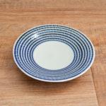 藍色の縞模様がかわいいBAR BAR(馬場商店)の藍駒シリーズの小皿